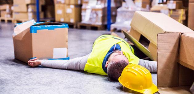pain-warehouse-worker-PR5UKT4